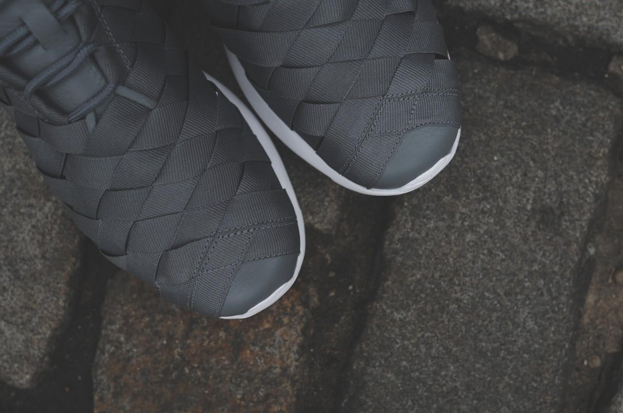nike-roshe-run-woven-grey-black-blue-kith-nyc