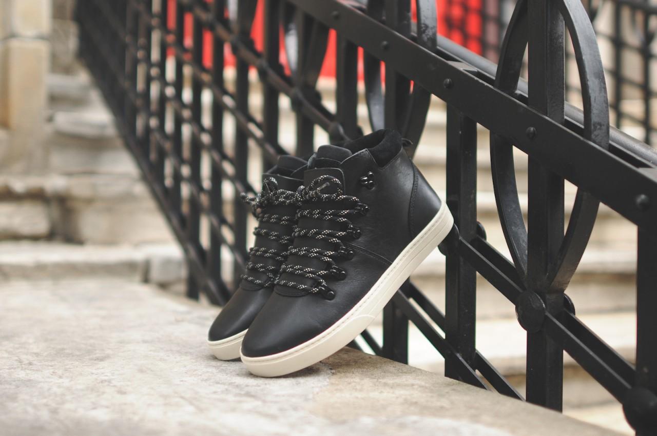 clae-grant-black-oxblood-burgundy-boot-low-medium