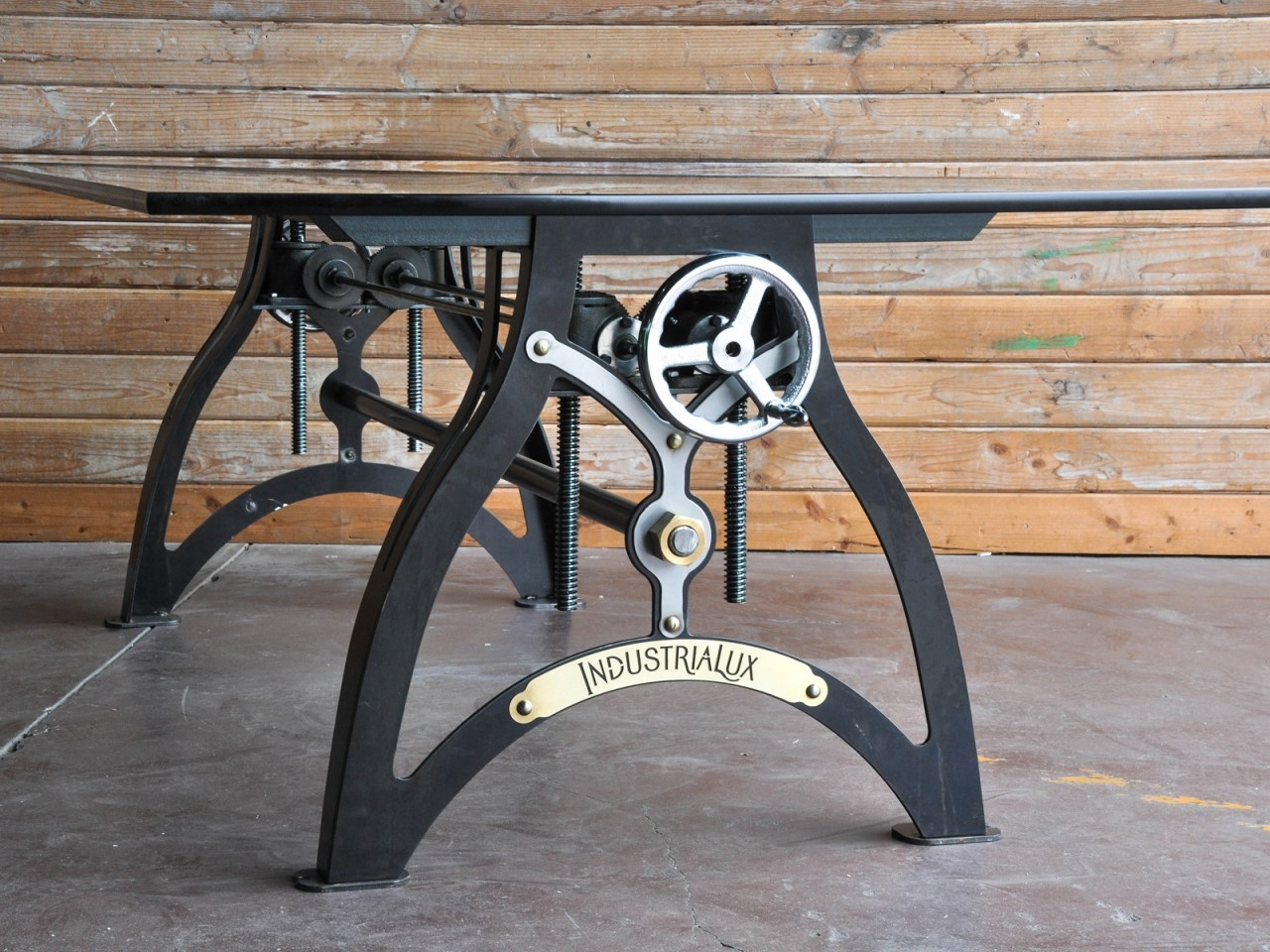 Industria-Lux-Crank-hure-cast-iron-base-vintage-Table