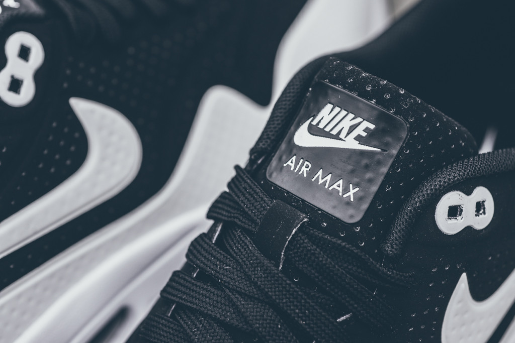 Nike_Air_MAx_1_Ultra_Moire_Sneaker_POlitics