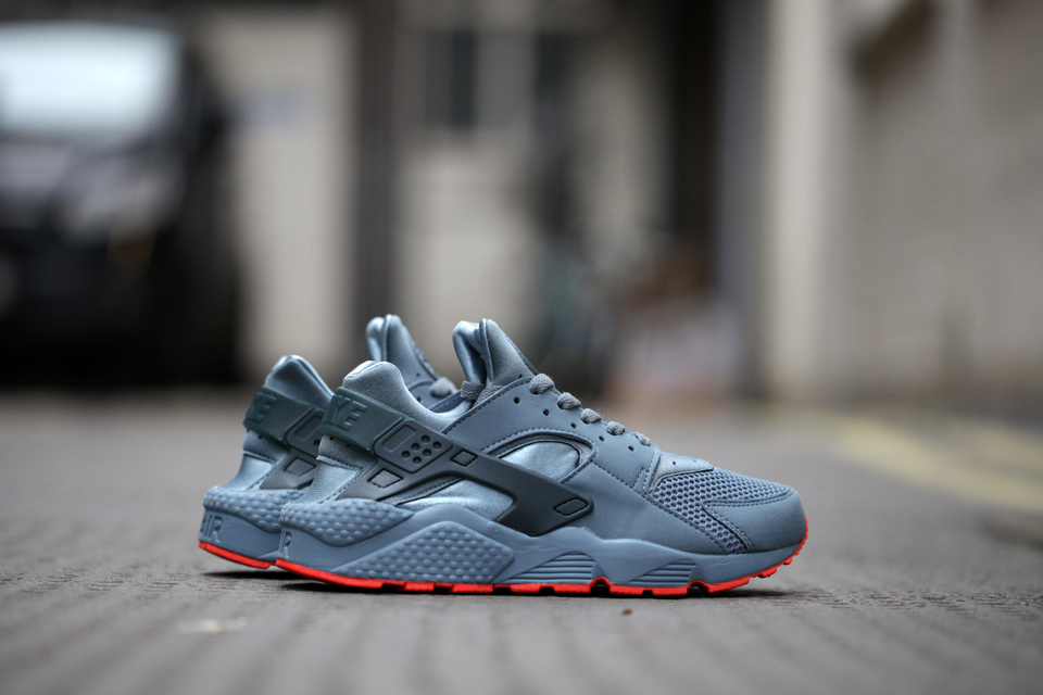 nike-air-huarache-run-fb-graphite