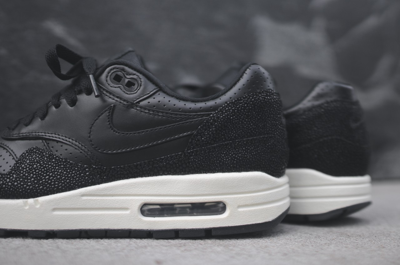 http://kithnyc.com/blogs/news/16381577-nike-air-max-1-lthr-pa-stingray-kith-nyc