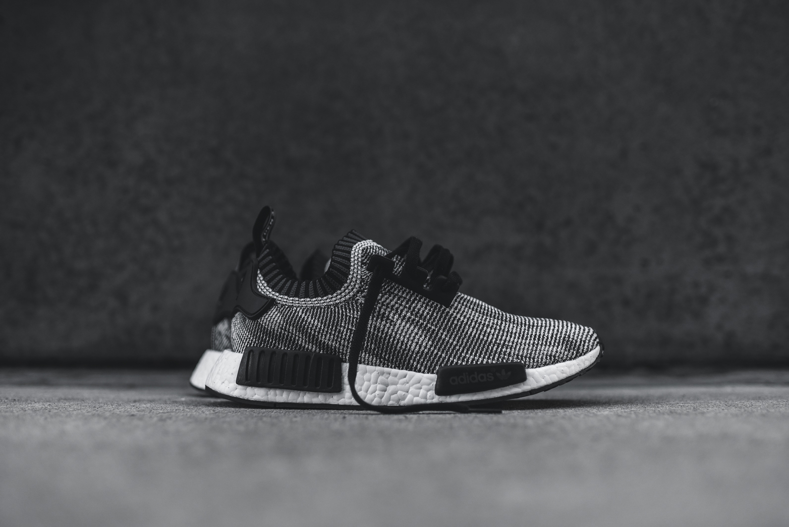 njsdlm Buy cheap - nmd womens for sale,adidas nmd r1 Orange,shoes sale