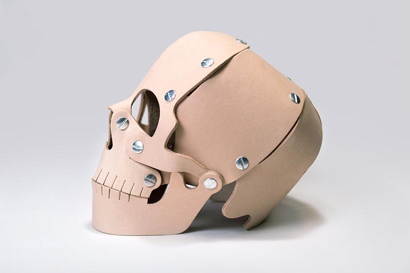memento-mori-skull-heavy-eyes