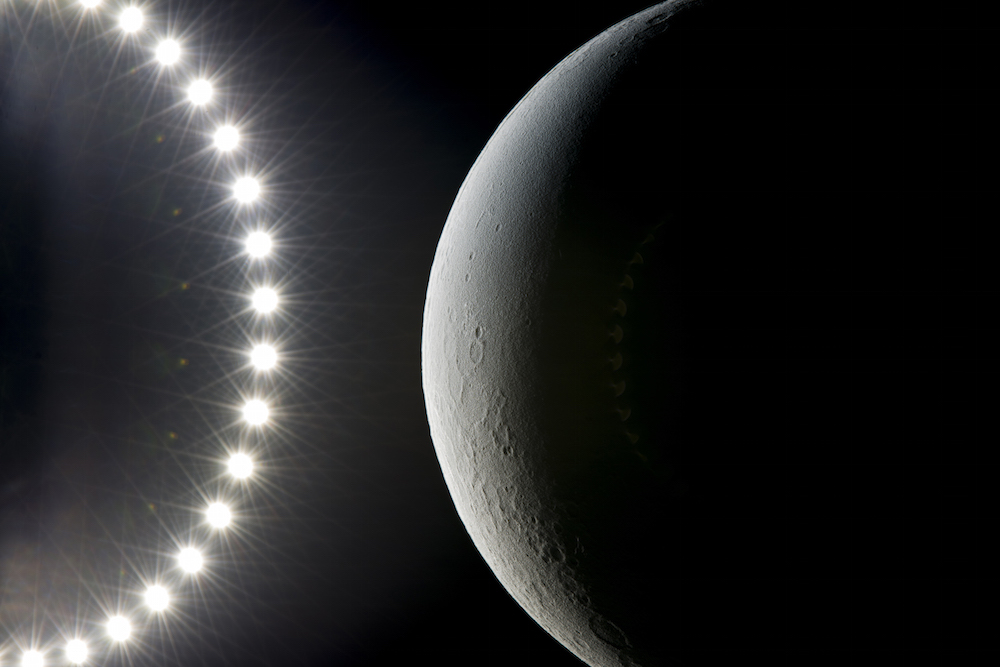 moon-lunar-globe